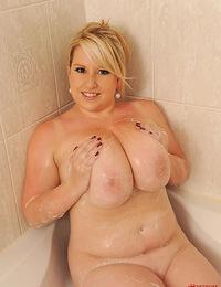 Jane Hollan releases her big ole bazookas in bathroom!