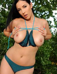 Hot busty sweet babe Jelena Jensen posing naked outdoors