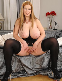Young thich busty slut Terry shows all her fine huge boobs