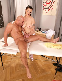 Naturally busty massage girl gets horny & fucks her client!